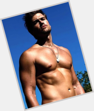 Nick Zano body 8.jpg