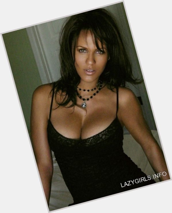 Nicole parker photos sexy