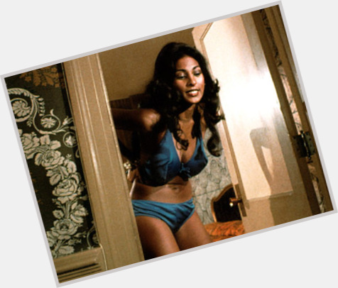 Pam Grier full body 2.jpg