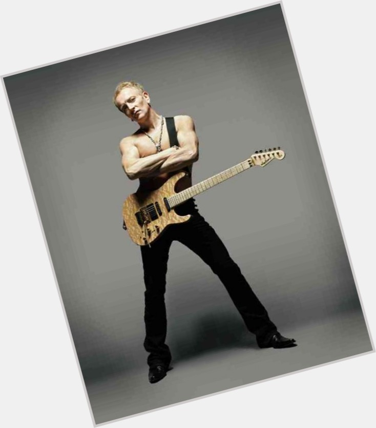 Phil Collen dating 3.jpg