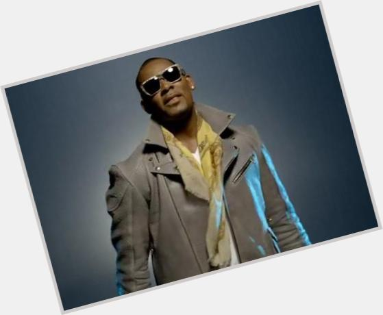 R Kelly Official Site For Man Crush Monday Mcm Woman
