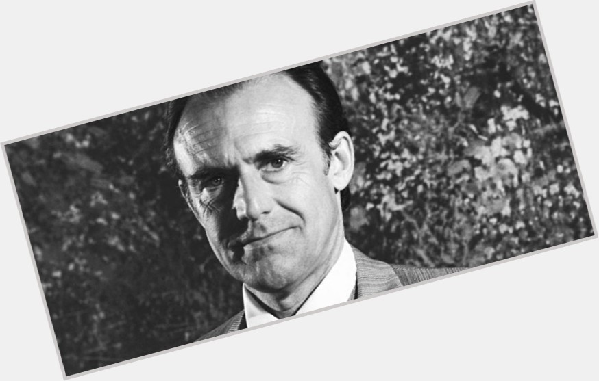 Richard Bull full body 3.jpg