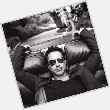 Robert Downey Jr new pic 6.jpg