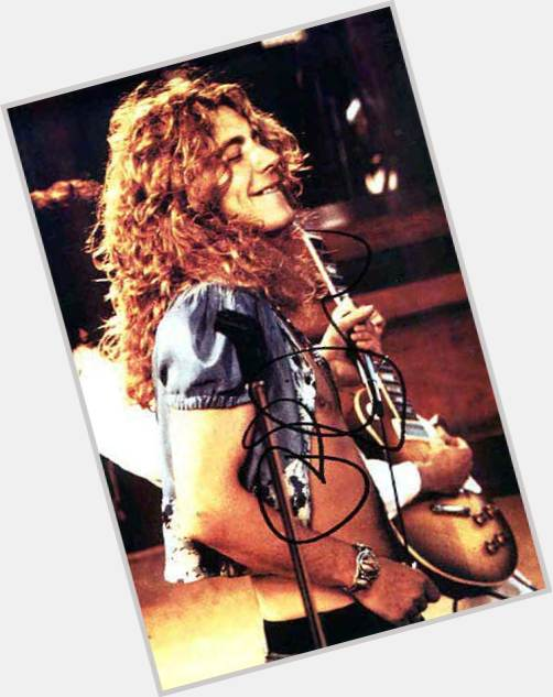 Robert Plant full body 4.jpg