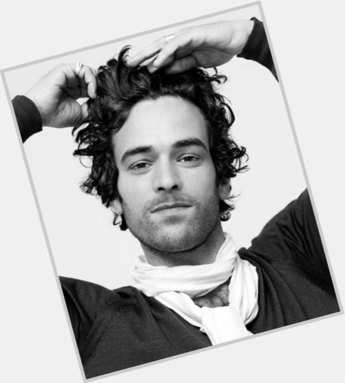 Romain Duris full body 4.jpg