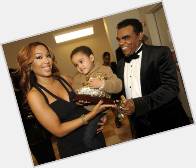 who is ronald isley married to