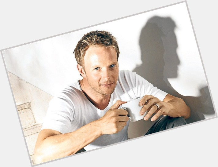 Rupert Penry Jones exclusive hot pic 7.jpg