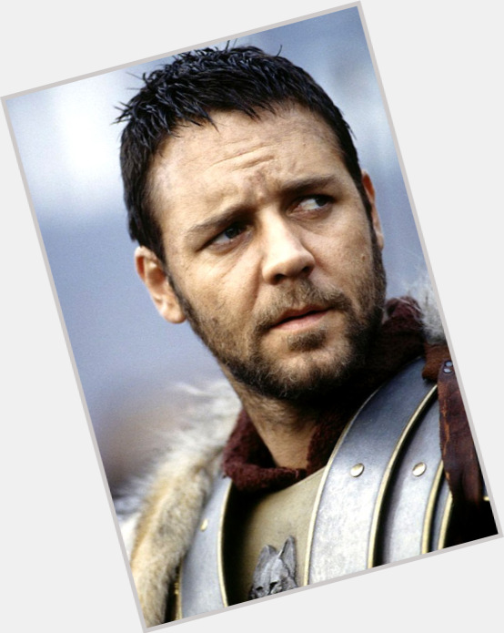 Russell Crowe sexy 10.jpg