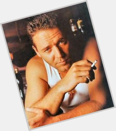 Russell Crowe sexy 4.jpg