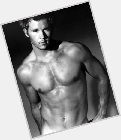 Ryan Kwanten full body 10.jpg