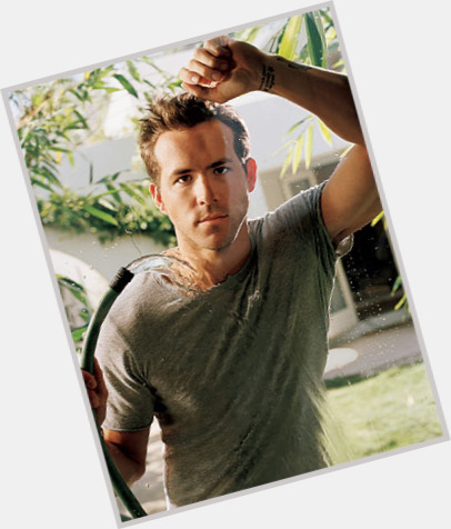 Ryan Reynolds exclusive 10.jpg