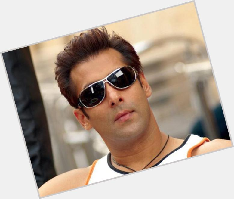 Salman Khan full body 1.jpg