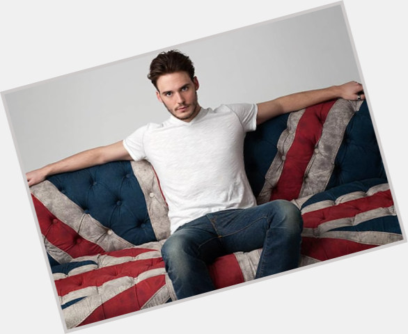 Sam Claflin exclusive hot pic 6.jpg