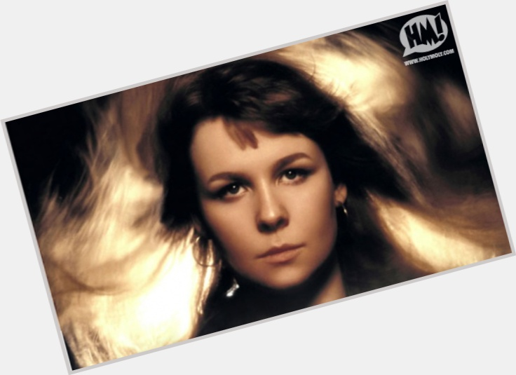 Sandy Denny exclusive hot pic 3.jpg