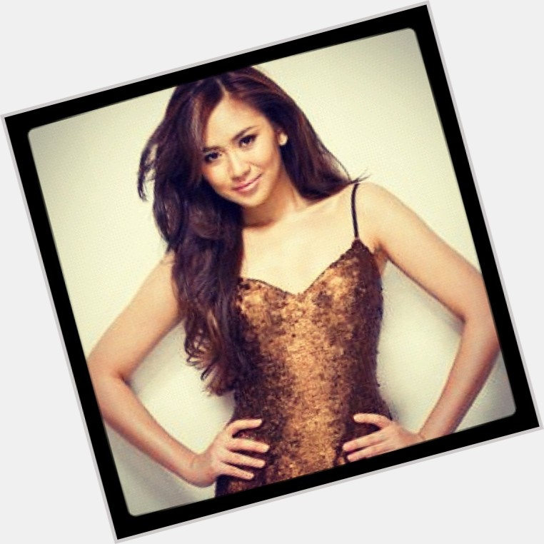 Sarah Geronimo full body 3.jpg