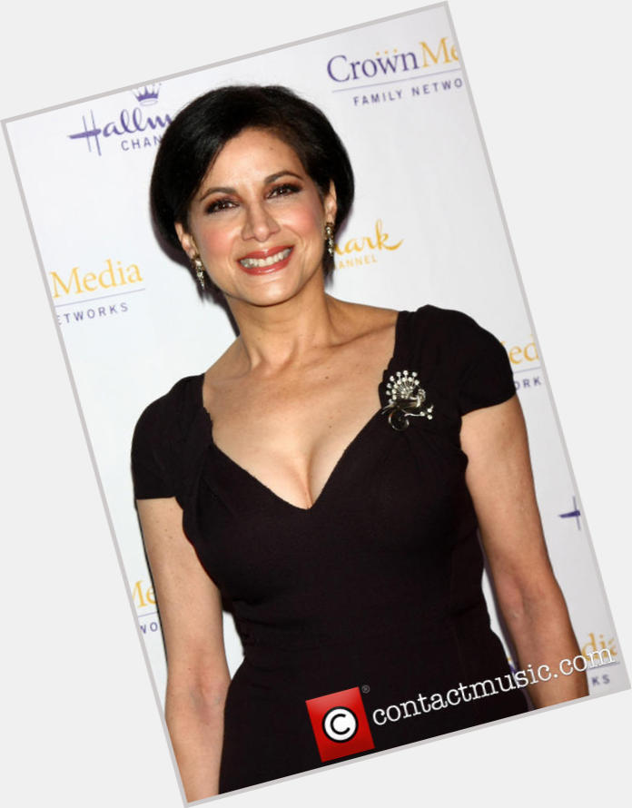 Saundra Santiago Official Site For Woman Crush Wednesday