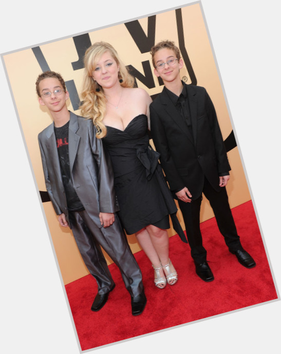 Sawyer Sweeten full body 0.jpg