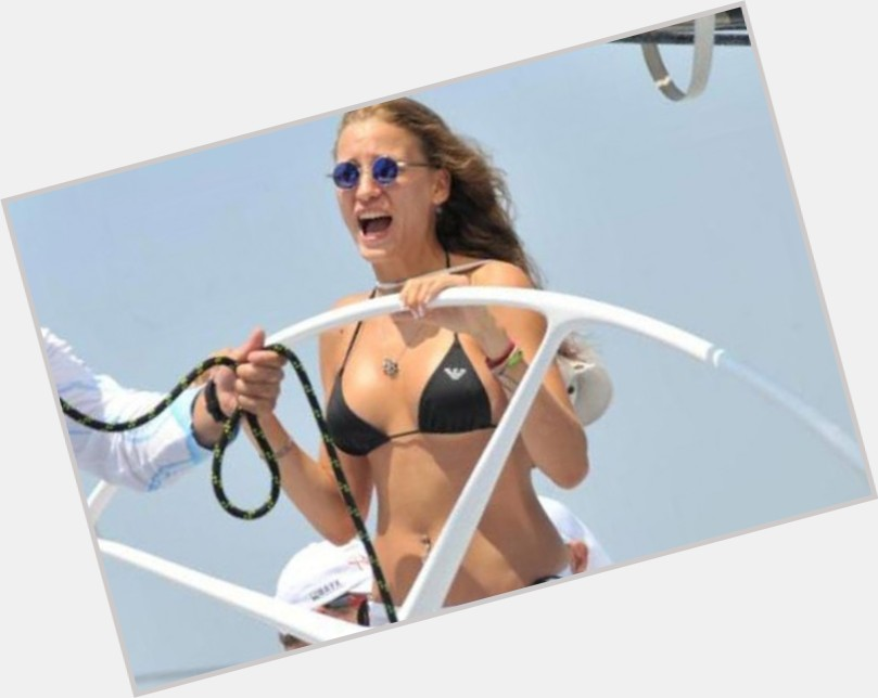 Serenay Sarikaya exclusive hot pic 4.jpg