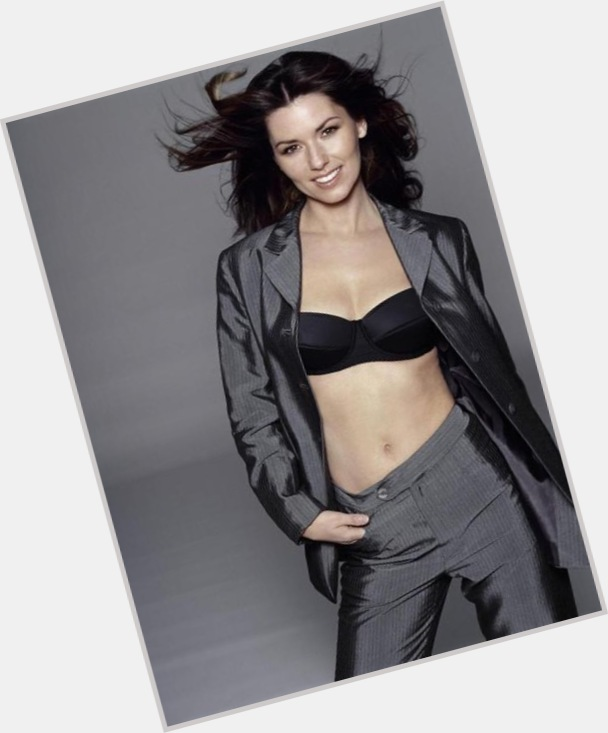 Shania Twain full body 8.jpg