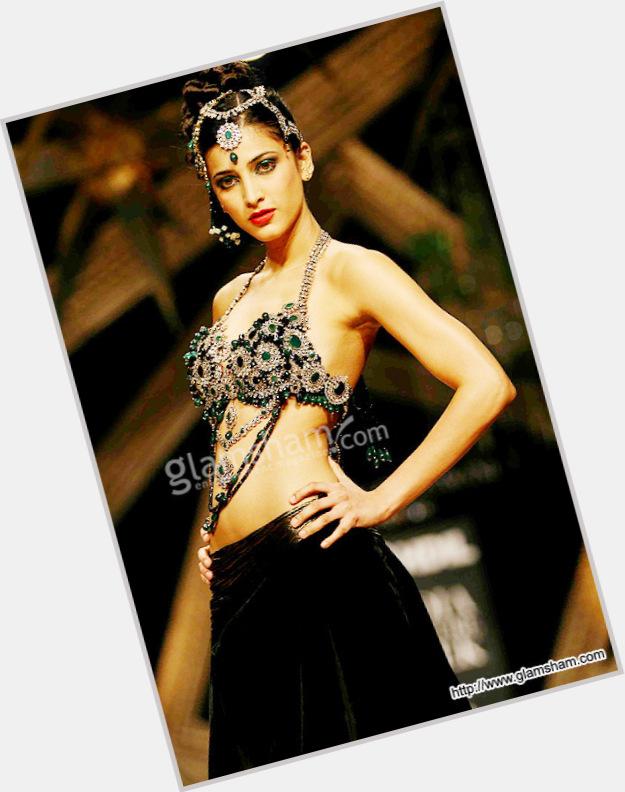 Shruti K. Haasan Nude Photos 27