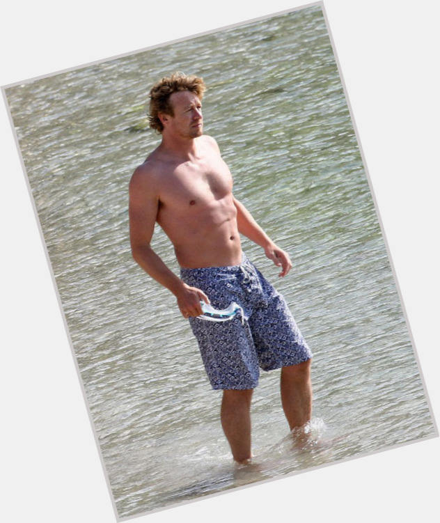Simon Baker dating 6.jpg