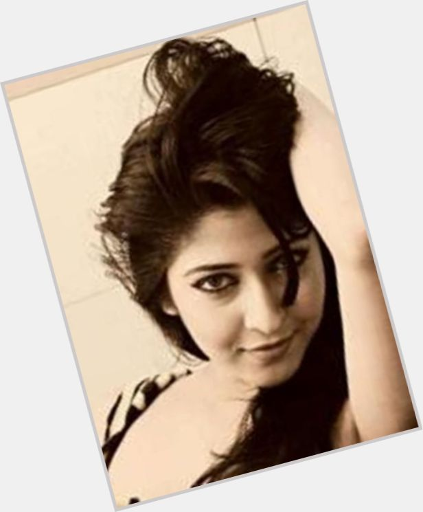 Is sonarika bhadoria married in real life