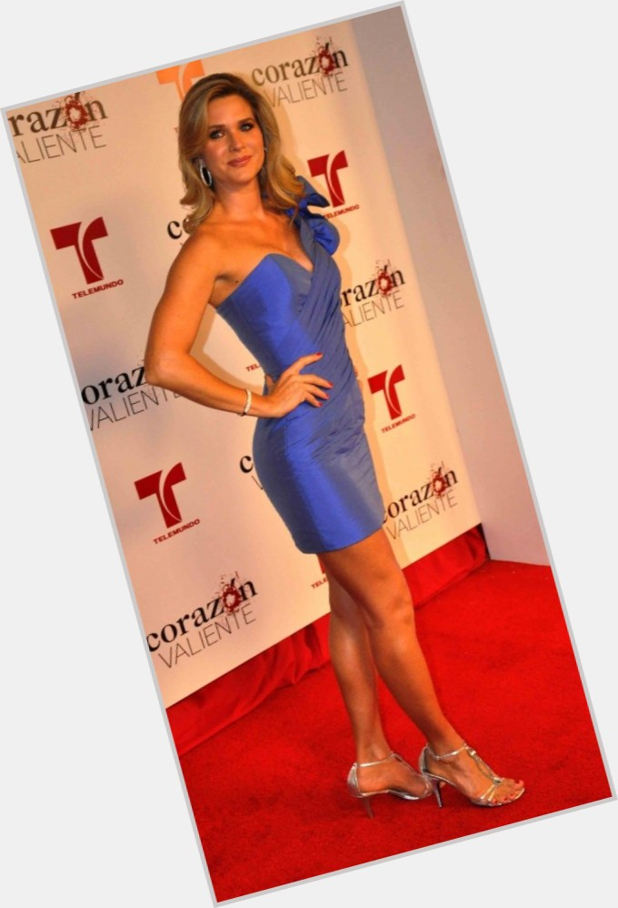 Sonya Smith full body 4.jpg