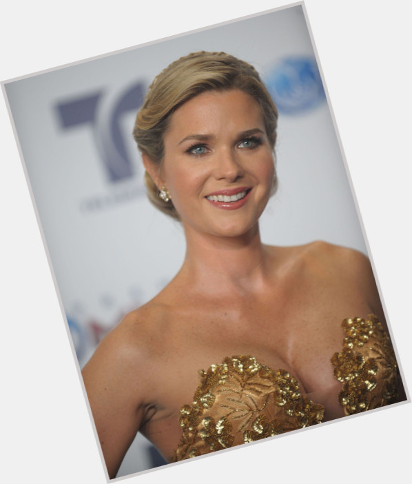 Sonya Smith new pic 1.jpg