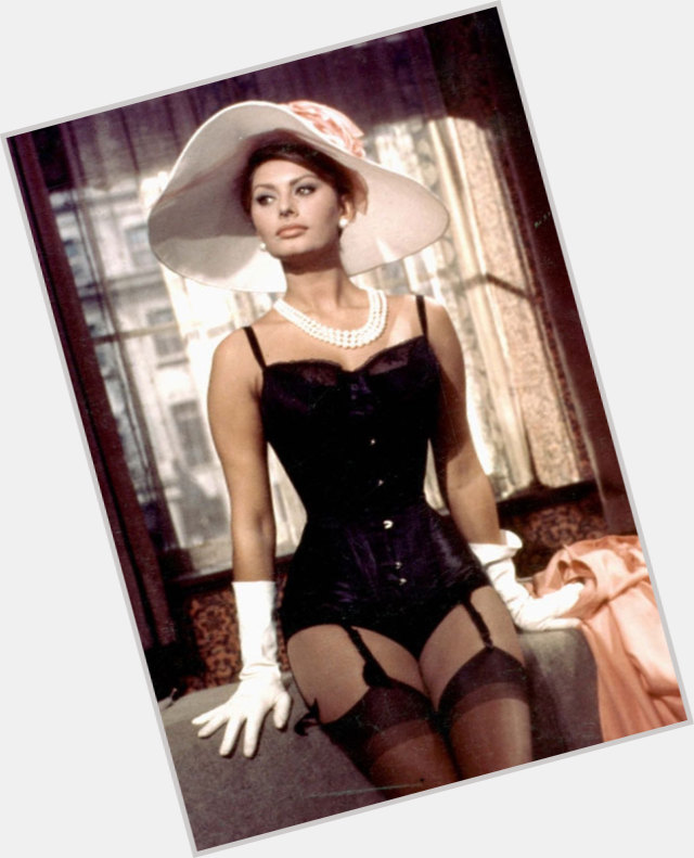 Sophia Loren full body 6.jpg