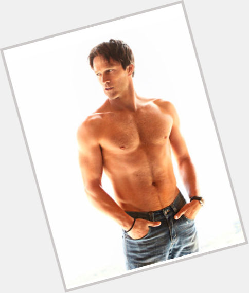 Stephen Moyer full body 6.jpg