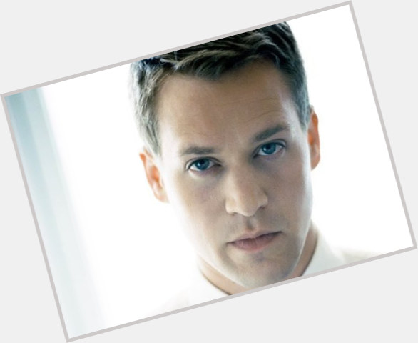 T R Knight dating 7.jpg