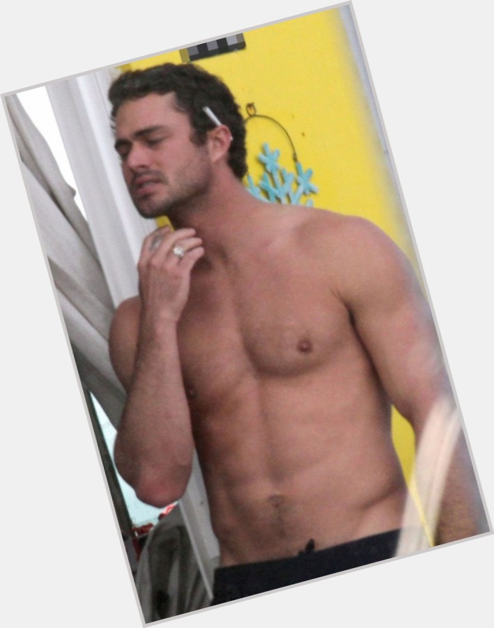 Taylor Kinney exclusive hot pic 11.jpg