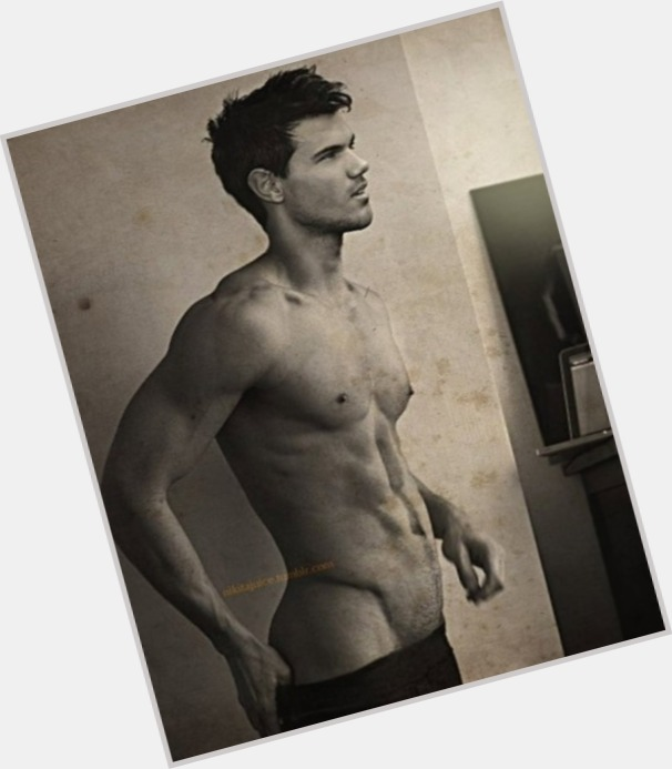 from Cayson does taylor lautner have gay