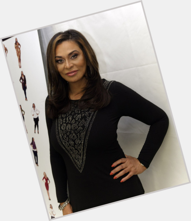 Tina Knowles exclusive hot pic 10.jpg