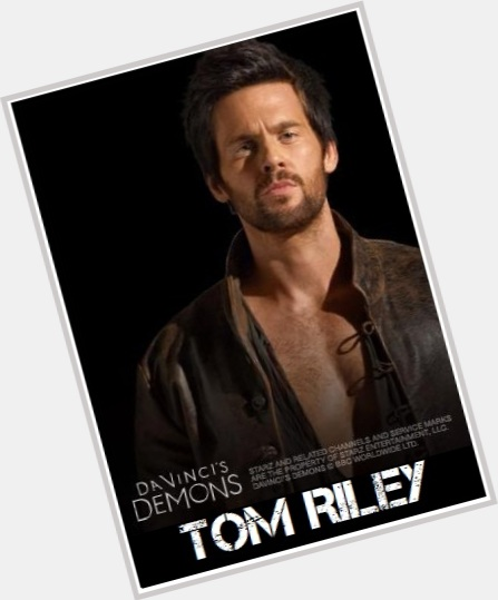 Tom Riley full body 10.jpg