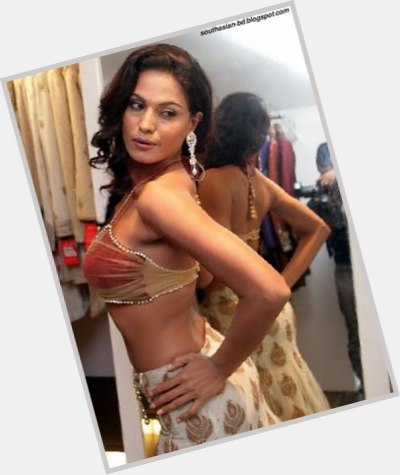 Veena Malik dating 8.jpg