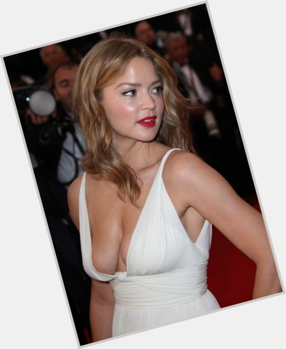 Virginie Efira full body 3.jpg