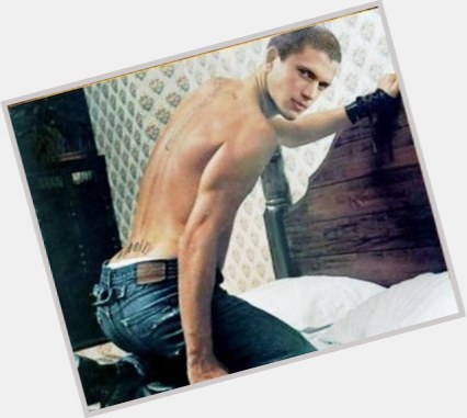 Wentworth Miller full body 3.jpg