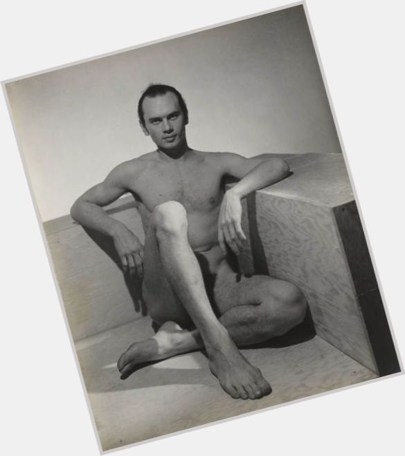 Yul Brynner full body 3.jpg