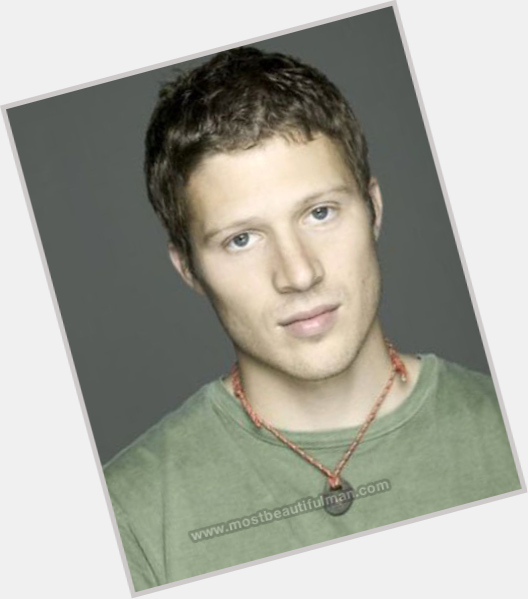 Zach Gilford full body 10.jpg