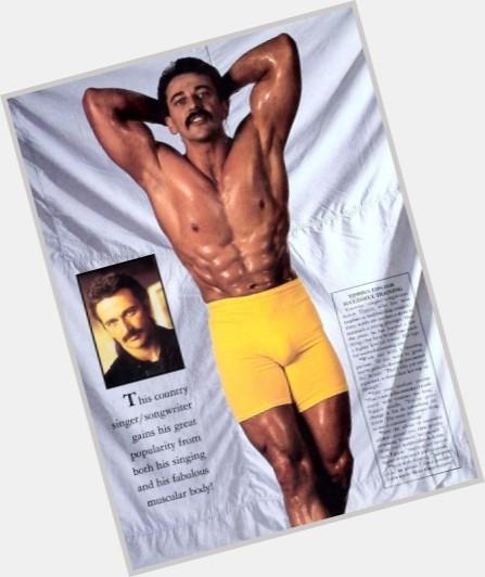 from Atlas do gay men like aaron tippin