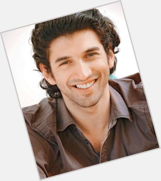 aditya roy kapoor girlfriend 0.jpg