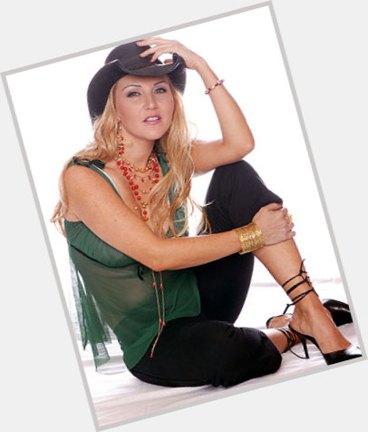 alicia single guys Alicia's best 100% free dating site meeting nice single men in alicia can seem hopeless at times — but it doesn't have to be mingle2's alicia personals are full of single guys in alicia looking for girlfriends and dates.