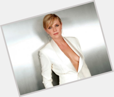 amanda tapping new hairstyles 3.jpg