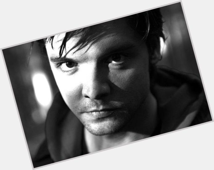 andrew lee potts alice 11.jpg