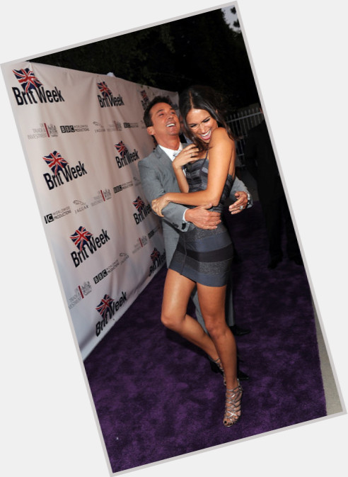 Asha leo dating