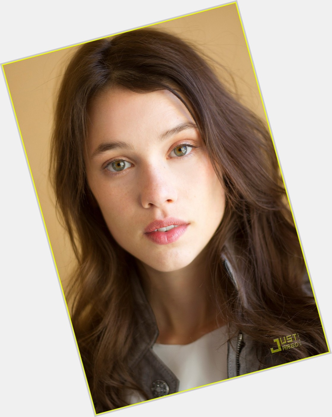 Astrid Berges Frisbey  Official Site For Woman Crush Wednesday Wcw-3916