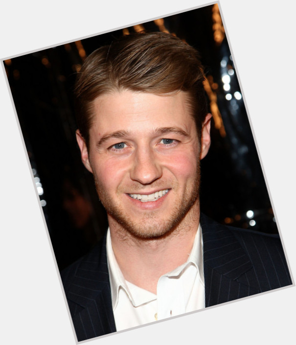 ben mckenzie girlfriend 0.jpg