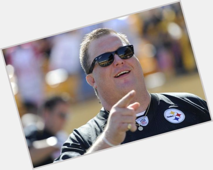 Billy Gardell Official Site For Man Crush Monday Mcm