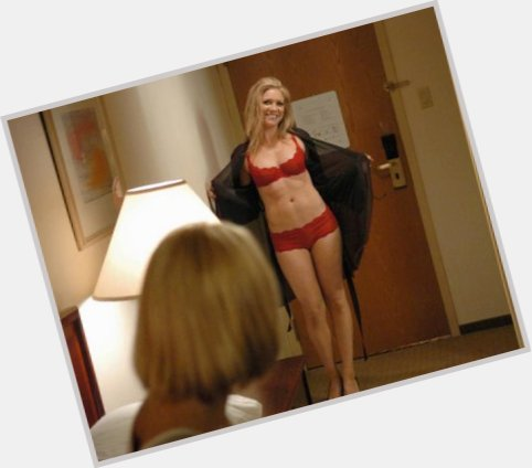brittany snow pitch perfect 11.jpg